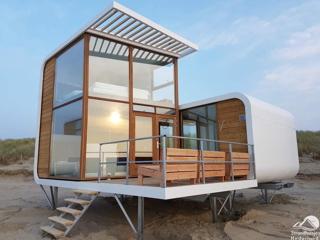 kleine h user gro e fensterfl chen die vor nachteile tiny houses. Black Bedroom Furniture Sets. Home Design Ideas