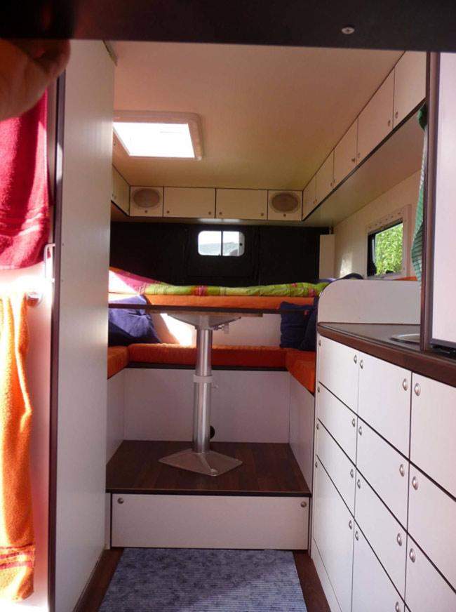 was sich tiny houses von wohnmobilen abschauen k nnen 2 tiny houses. Black Bedroom Furniture Sets. Home Design Ideas