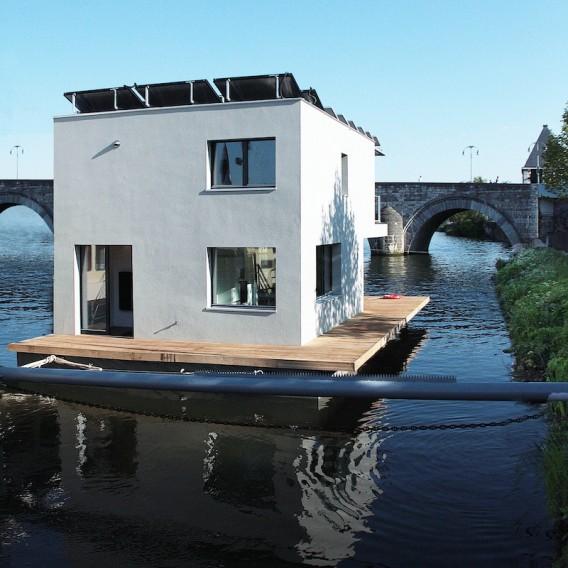 potentiell mobil und autark wohnen auf dem wasser tiny houses. Black Bedroom Furniture Sets. Home Design Ideas