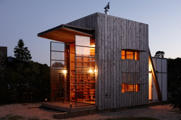 Strandh tte auf kufen neuseeland tiny houses for Coastal home designs nz