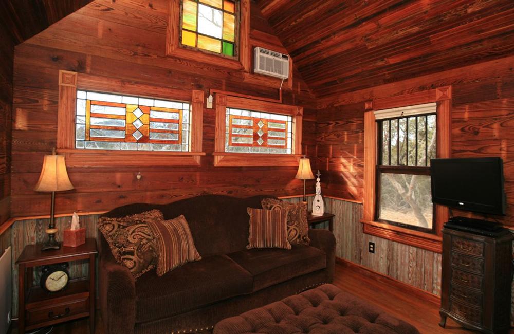 texanische minih user aus recycelten baumaterialien tiny houses. Black Bedroom Furniture Sets. Home Design Ideas