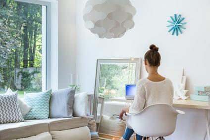 unverzichtbar in minih usern klapp auszieh und stauraumm bel tiny houses. Black Bedroom Furniture Sets. Home Design Ideas