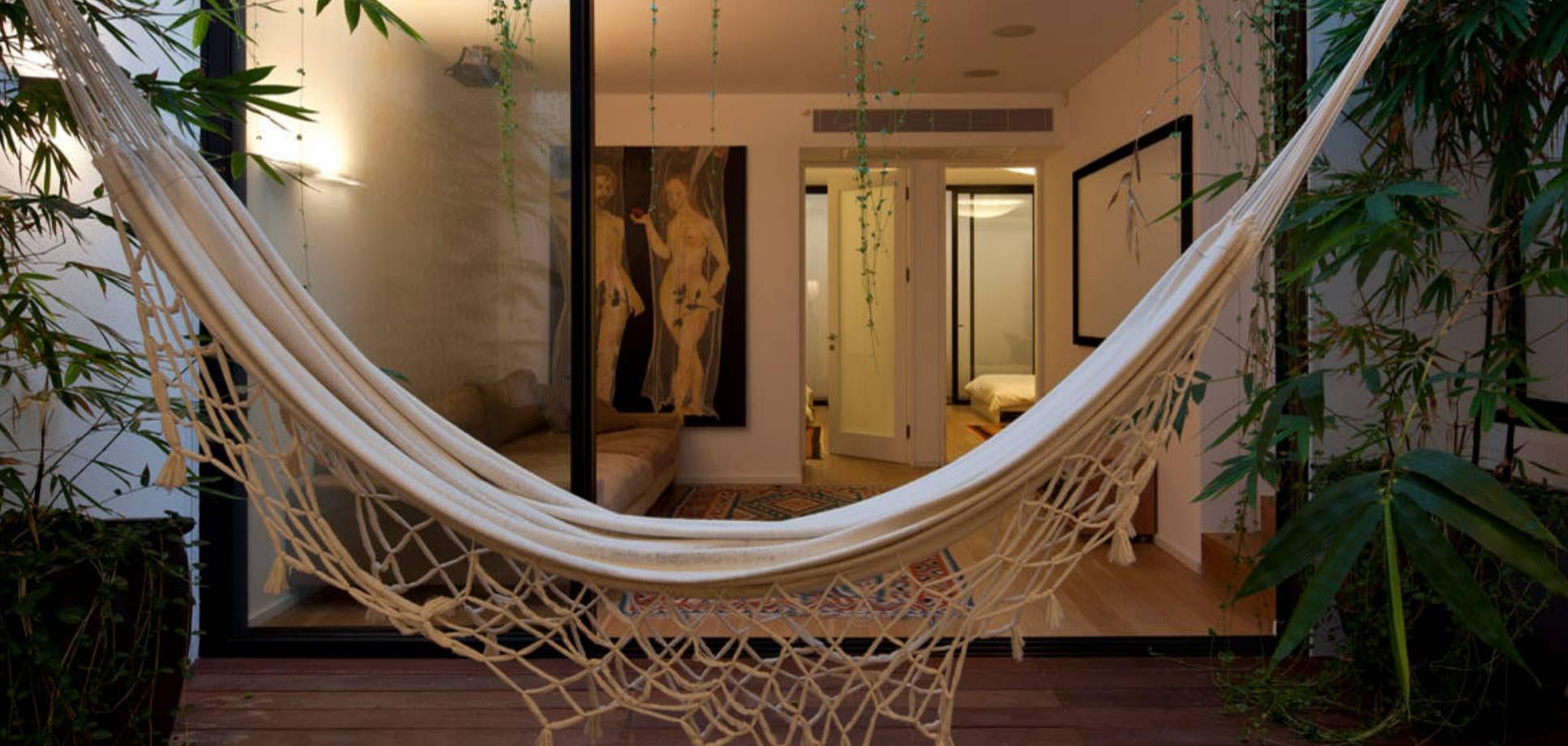 so gestalten sie kleine terrassen optimal tiny houses. Black Bedroom Furniture Sets. Home Design Ideas
