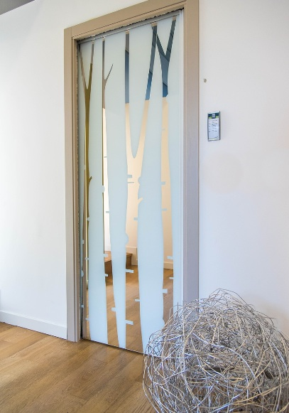 Ziehharmonika türen  Ideal für kleine Häuser: Platzsparende Fenster und Türen | Tiny Houses